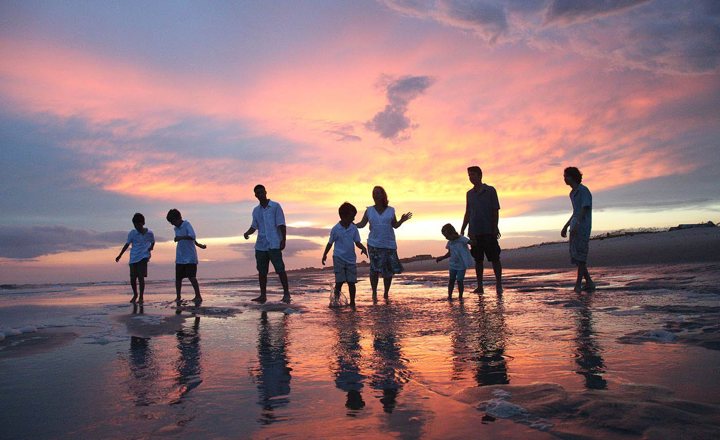 Sunset beach portrait, Photojournalism, family portraits