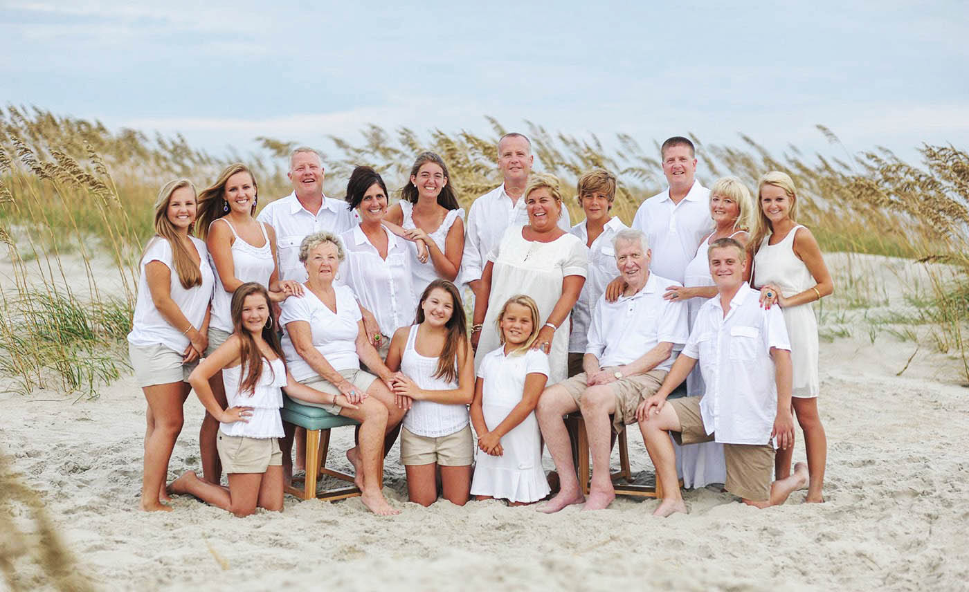 large Group photographers, Family, Beach, Professional