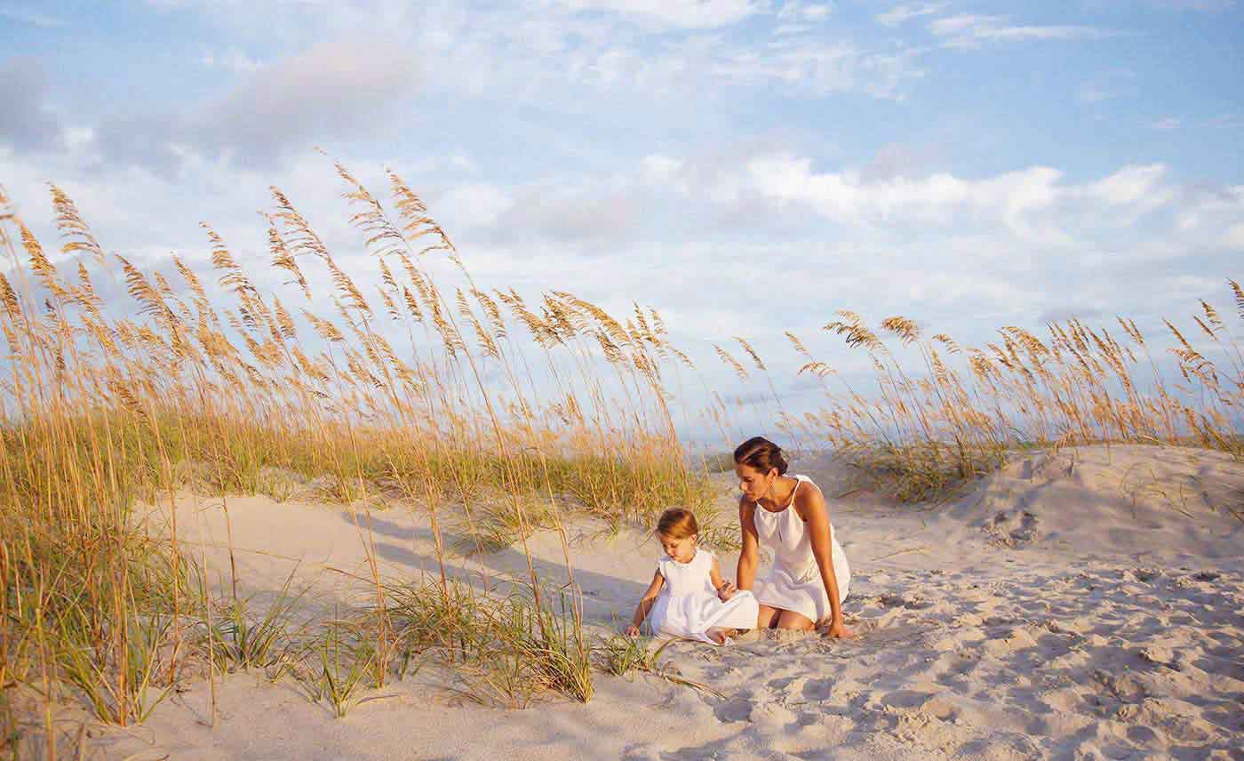 mother daughter beach portraiture, generation, gift, christmas card