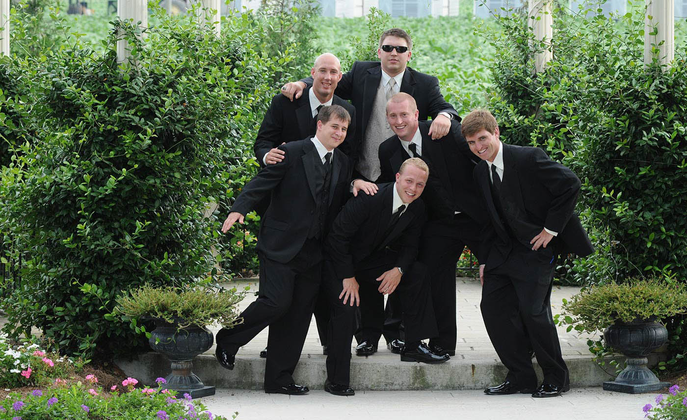 Groom, groomsman, fun bridal party, group photos
